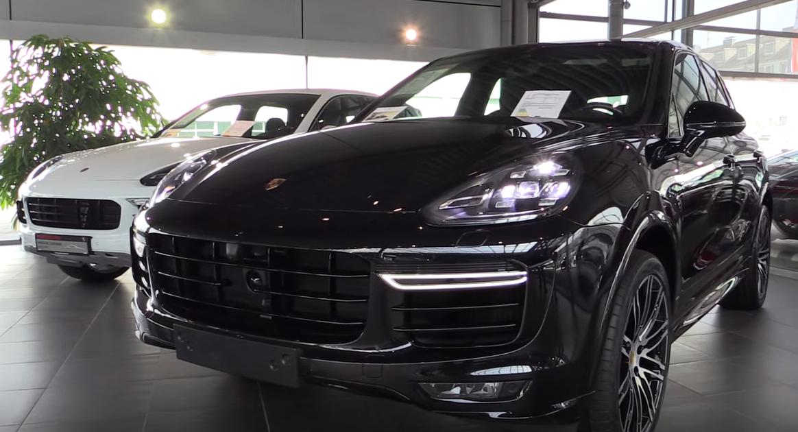 Porsche Cayenne Turbo | Dubai Exotic Auto Rental