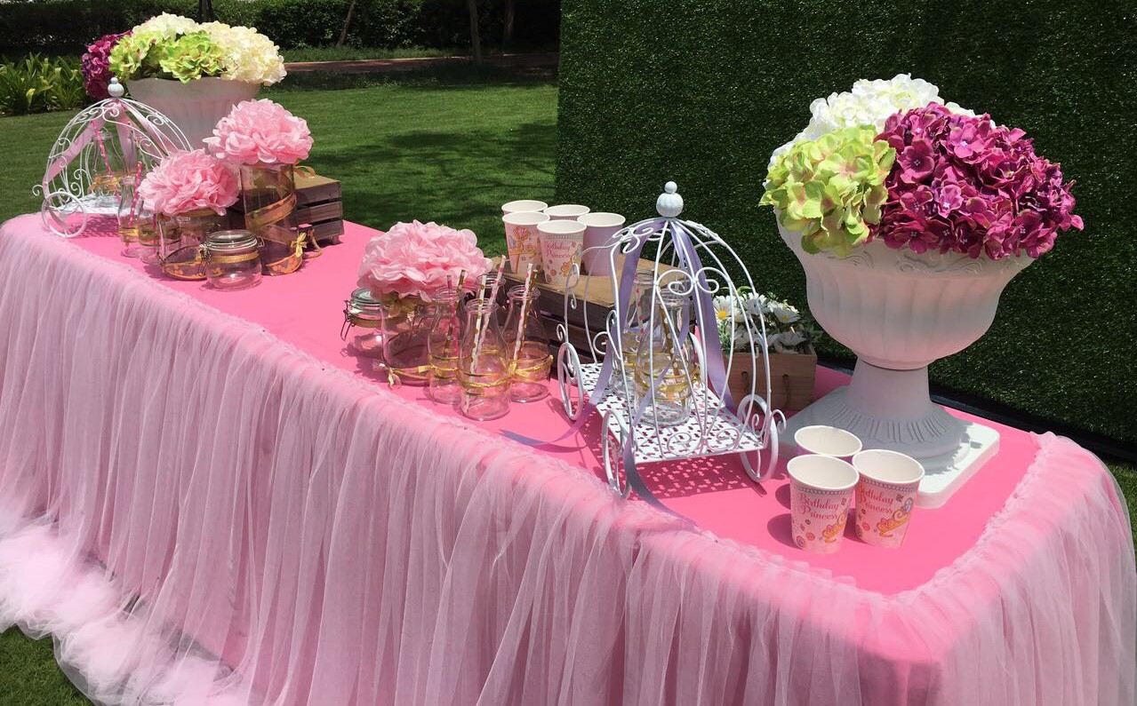 Cake Table with Table Covers – Little Bucket