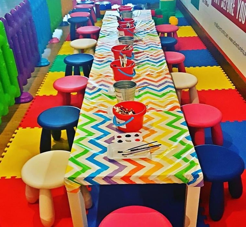 Stupendous Kids Tables And Chairs For 20 Kids Little Bucket Caraccident5 Cool Chair Designs And Ideas Caraccident5Info